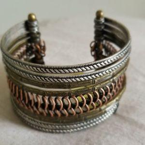 """PREMIER DESIGNS """"Unique"""" Cuff Bracelet"""
